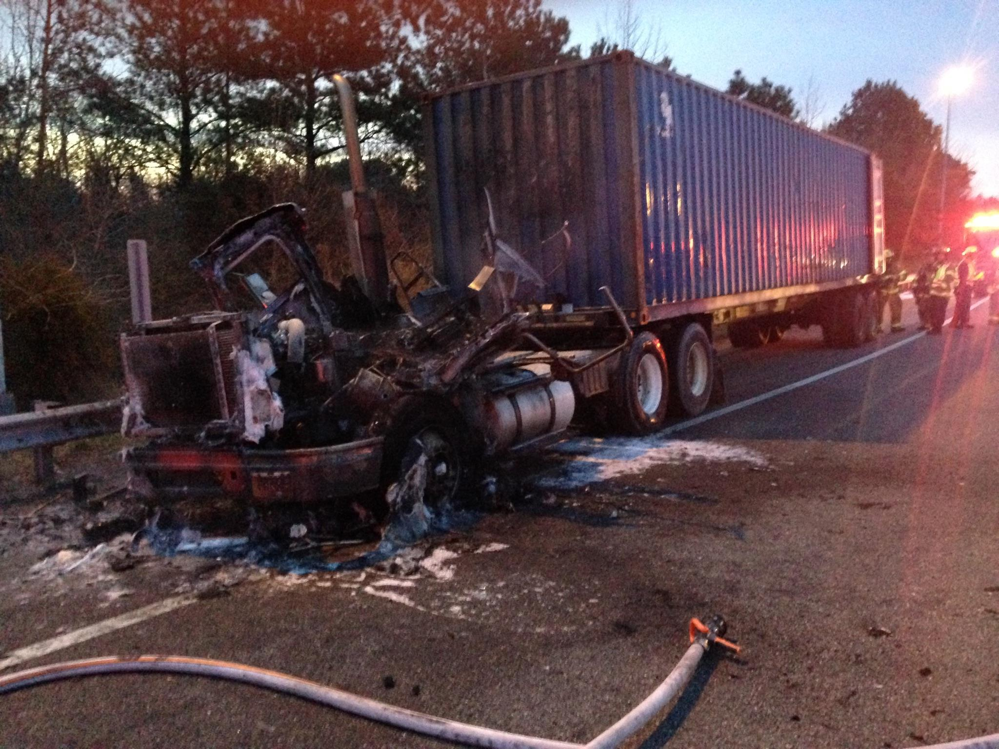 Tractor trailer fire shuts down section of I-664 Northbound